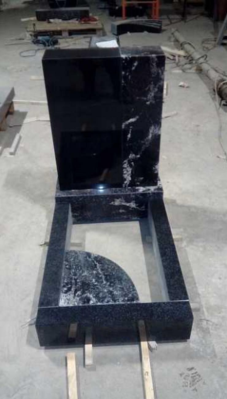 Bild 4: Neue Grabsteine werden verkauft