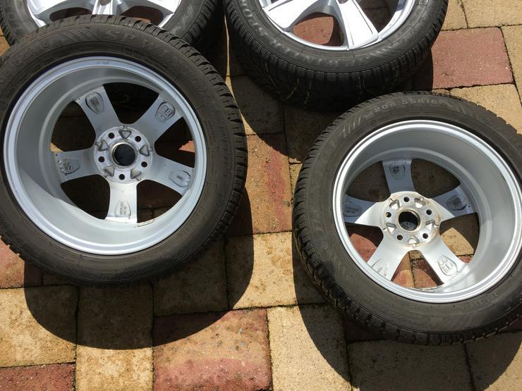 Bild 6: Winter Alu Räder für Golf Seat Skoda u andere, Dunlop 205/55 R16 6 u 8mm sper Zustand