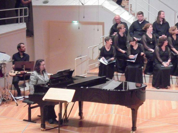 Bild 2: Klavierunterricht von Dipl. Klavierpädagogin und Pianistin