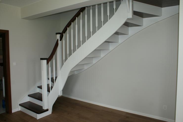 Bild 2: Holztreppen Fertigung der Holztreppen Treppen aus Polen