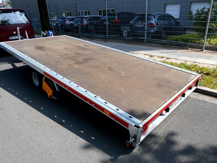 Bild 2: Anhänger für Fahrzeugtransporte ZU VERMIETEN, 4 Räder, 2000 kg Zuladung, Sternschanze 24/7