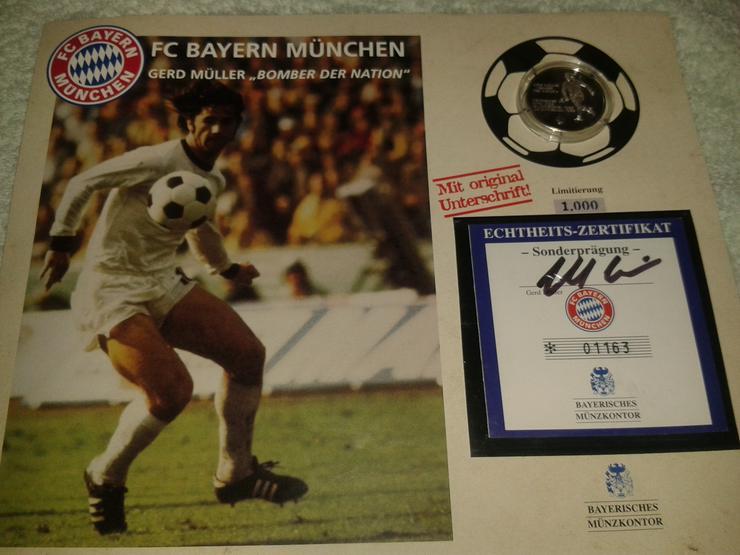 Bild 2: Fußball Experten und Bayern Fans - aufgepasst