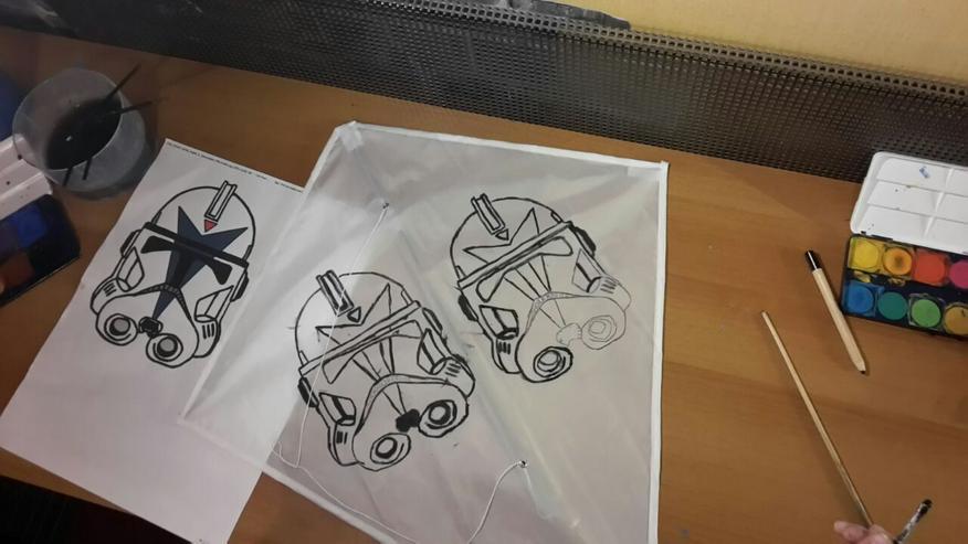 Bild 4: In der Kita / Kiga einen Drachen basteln..Papa / Kind bauen einen Drachen.oder einen Kindergeburtstag im Drachenshop Mülheim mit einem Drachenbastel Event feiern.