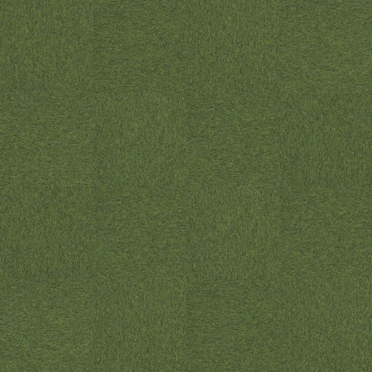 Bild 2: Grüne Emply Loop Eden Teppichfliesen von Interface €3,75