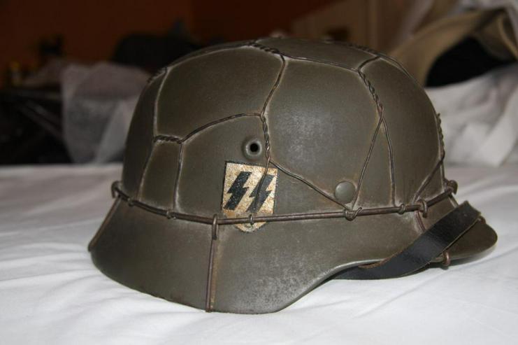 Stahlhelm M40 SS aus Wk2 (SE66)