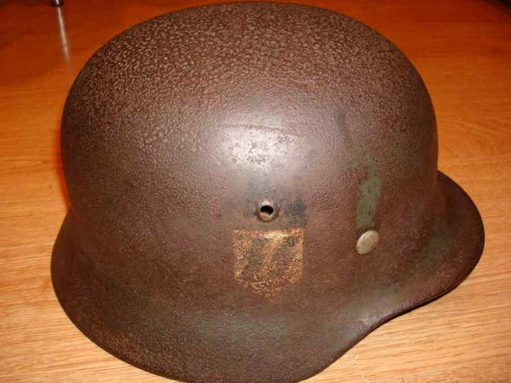 Stahlhelm M40 SS aus Wk2, Q66