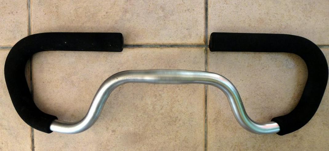 Ein Fahrradlenker ca.60 cm - Zubehör & Fahrradteile - Bild 1