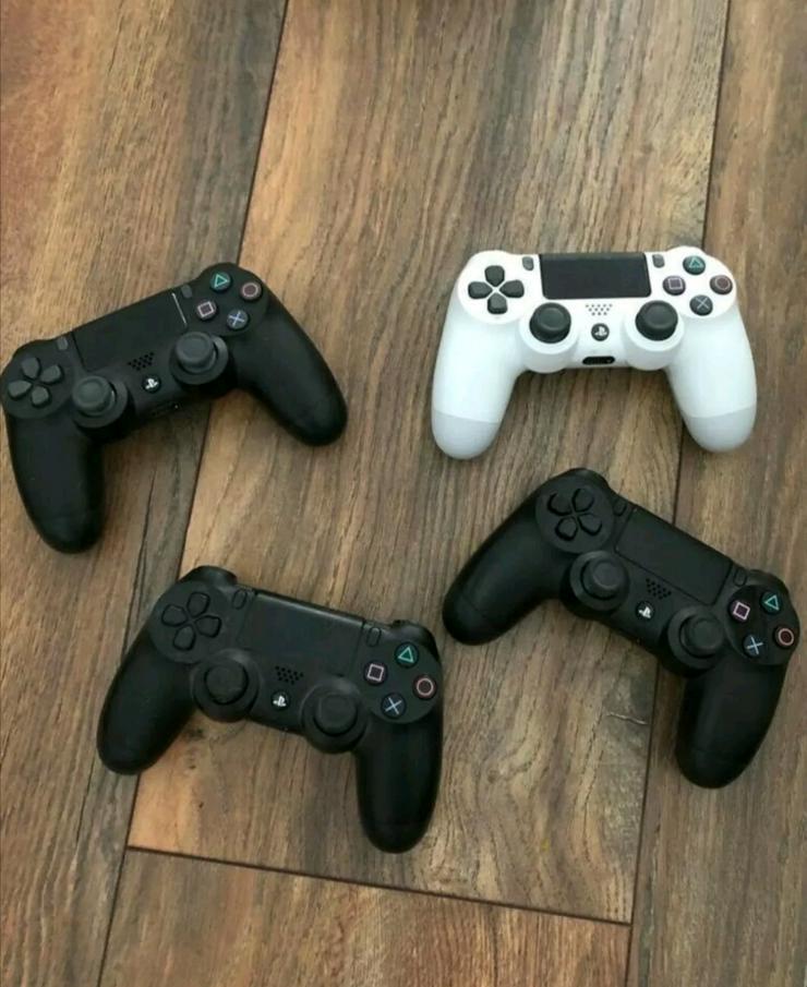 Bild 2: Ps4 pro inkl. 10 Spielen 4 Controllern