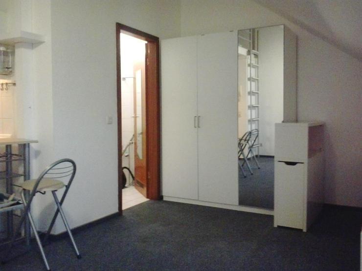 Single Whg 30419 Hannover Top floor Apartment
