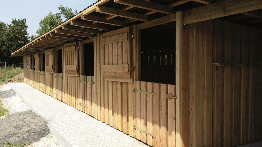 Weidehütten und Außenboxen im Aussenbereich in vielen Größen