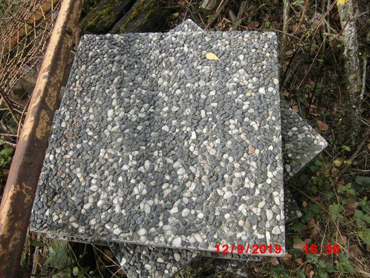 Bild 4: gehwegplatten