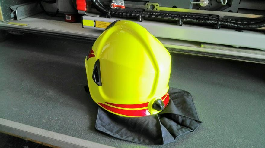 Bild 5: Feuerwehrhelme