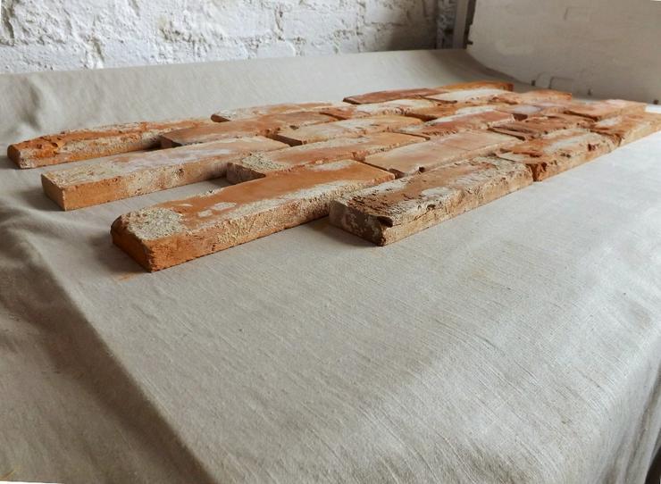 Bild 3: Antikriemchen Steinriemchen wiederverwendeter Mauerstein ökologische Wandgestaltung Wandpanele antik