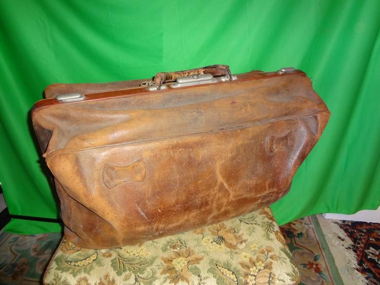 Antike Reisetasche