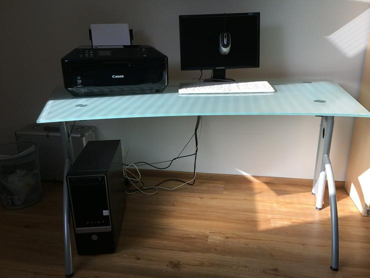 Schreibtisch aus Glas, mattiet