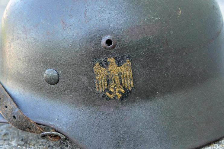 Bild 3: Stahlhelm M35 Kriegsmarine aus Wk2