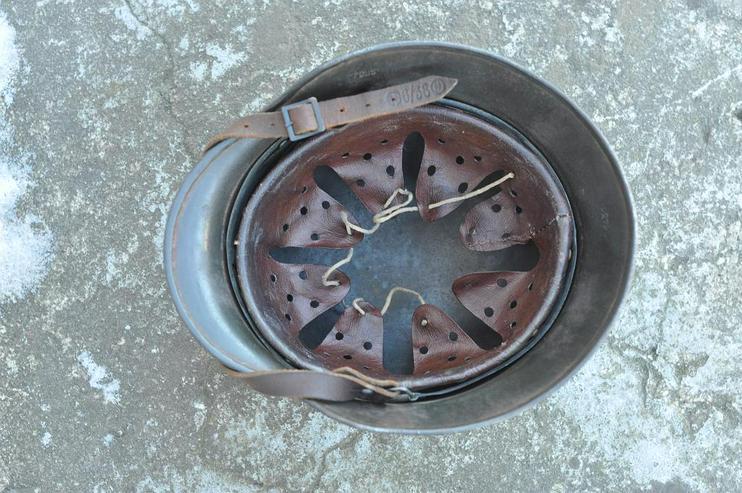 Bild 3: Stahlhelm M40 SS aus Wk2