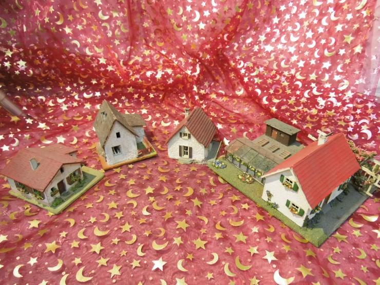 3 kleine Einfamilienhäuser und eine Gärtnerei TT / Faller / RS Modelle / um 1950