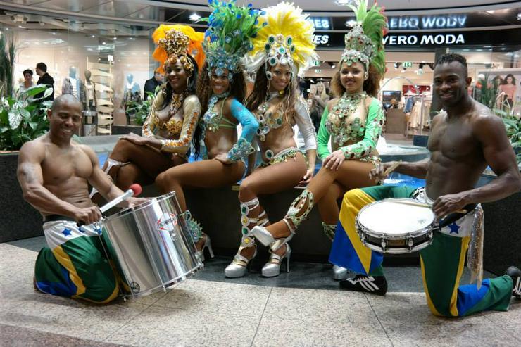 Bild 6: Sambashow & Sambatänzerinnen für Ihre Hochzeits- Firmen- oder Geburtstagsfeier