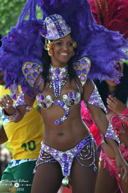 Bild 2: Brasilianische Sambatänzerin - Brasil- & Sambashow für Ihren Event mieten