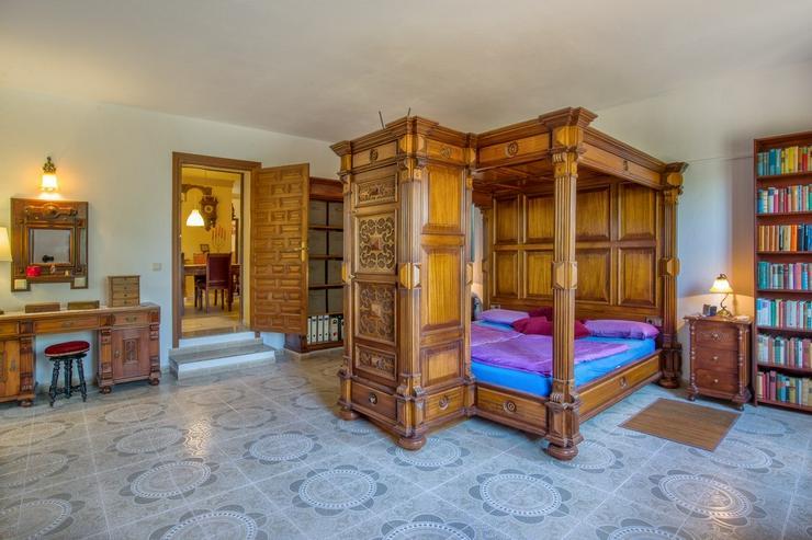 Bild 10: Finca 4600 qm Grundstück mit 2 Häuser und 2 Apartments zu verkaufen