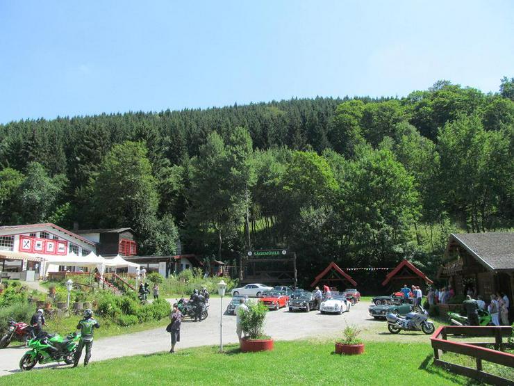 Bild 3: Odetraler Oktoberfest mit Flohmarkt Drinnen und Draußen