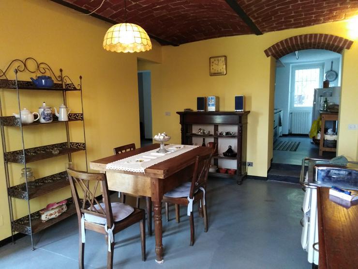 Bild 4: Weinberghaus `la Vignassa` in Piemont, Italien
