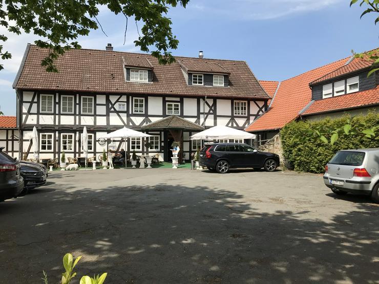 Mehrfamilien-und Geschäftshaus grundsaniert, in Top-Ortslage  von 38644 Goslar-Hahndorf,  399.000,00 Euro