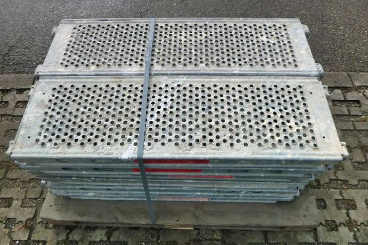 Bild 4: 12 St. Layher Stahlbeläge Beläge 1,09m x0,32m Stahlböden