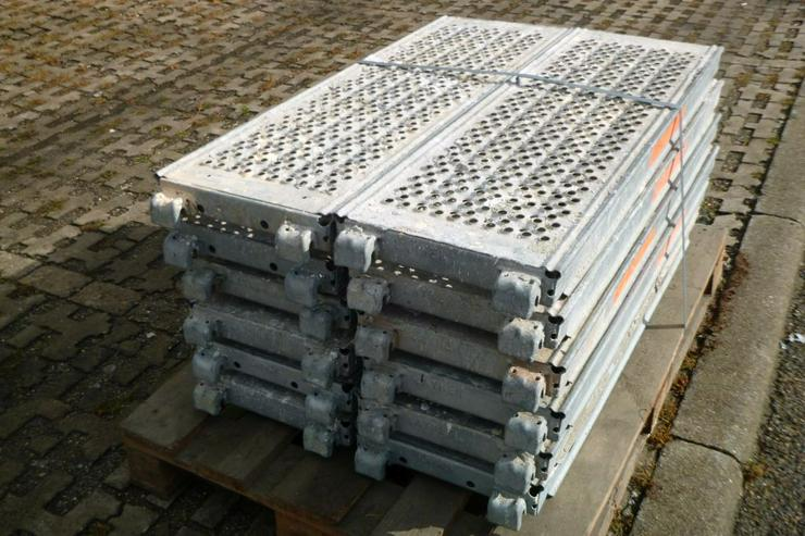 Bild 2: 12 St. Layher Stahlbeläge Beläge 1,09m x0,32m Stahlböden