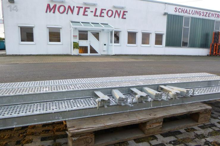 Bild 2: 5 St. Layher Stahlbeläge Stahlböden 3,07m + Steckkonsolen 0,19m