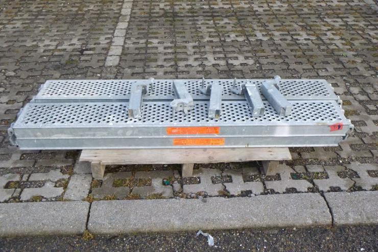 4 St. Layher Stahlbeläge Stahlböden 1,57m + Steckkonsolen 0,22m für Gerüst - Weitere - Bild 1