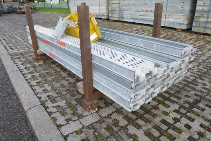 Bild 4: 10 St. Layher Stahlbeläge Stahlböden 2,57m + Steckkonsolen 0,22m