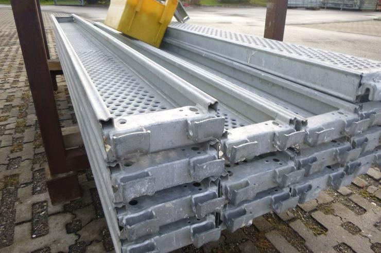 Bild 3: 10 St. Layher Stahlbeläge Stahlböden 2,57m + Steckkonsolen 0,22m