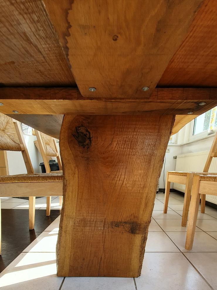 Bild 5: Esszimmertisch aus Eichemassivholzbohlen