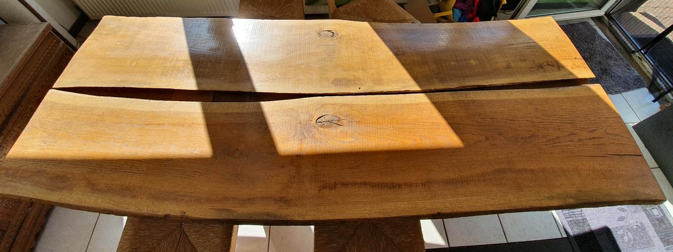 Bild 4: Esszimmertisch aus Eichemassivholzbohlen
