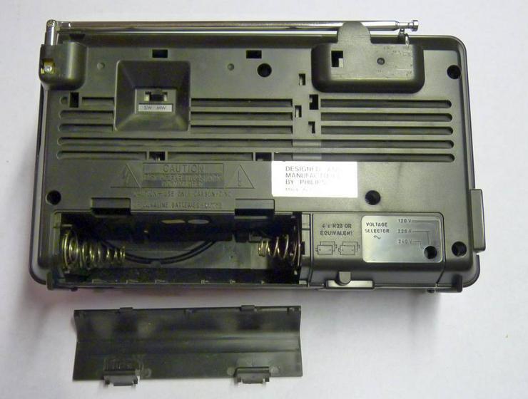 Bild 3: Philipps Kofferradio mit Kassettenrecorder, Netz oder Batterie