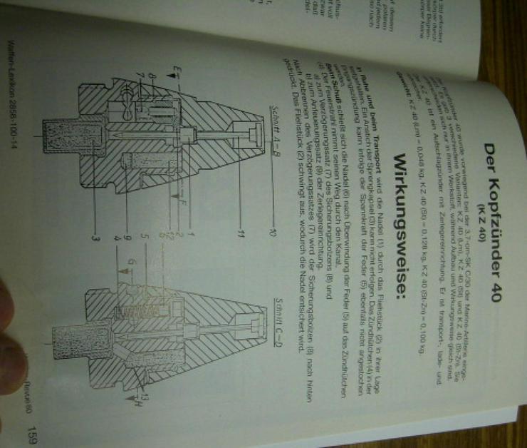 """Bild 16: """"WAFFEN REVUE"""" Nr. 80, viele Artikel, Fotos u. Zeichnungen, Titel-Artikel: U.S.-Karabiner .30 M1 Carabine"""