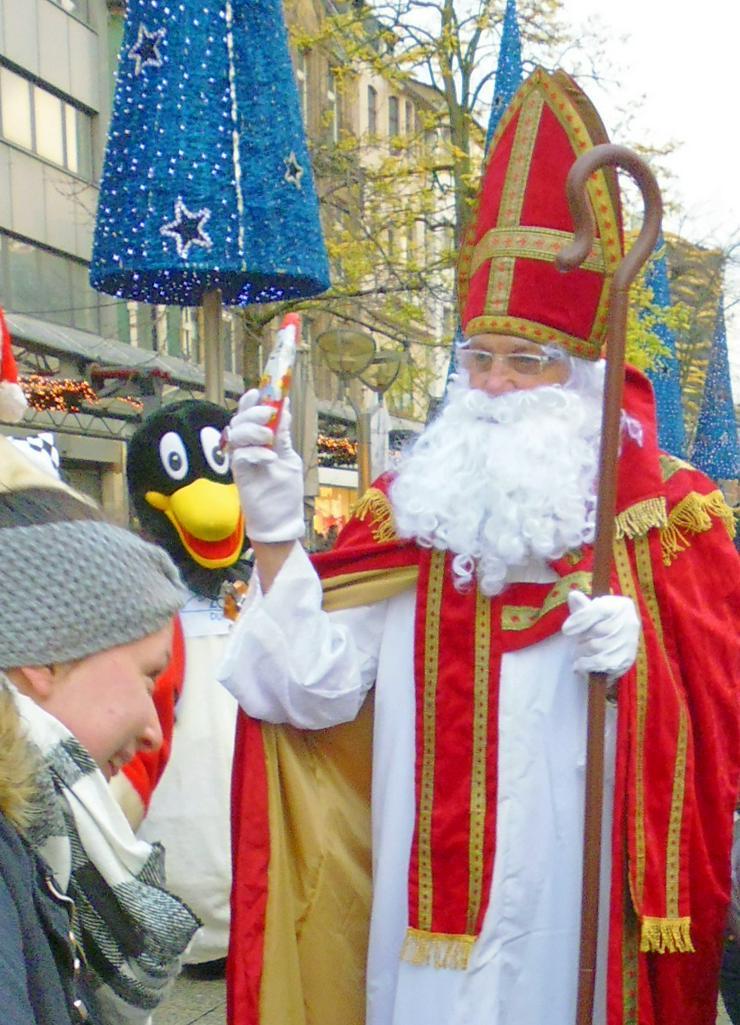 Bild 3: Nikolaus /Weihnachtsmann buchen für Ihre Familienfeier bis zum 24.12 buchen..