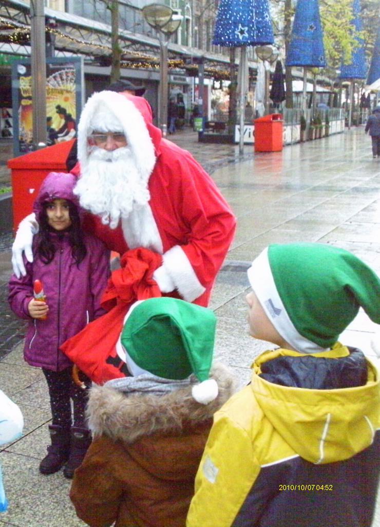 Bild 4: Nikolaus /Weihnachtsmann buchen für Ihre Familienfeier bis zum 24.12 buchen..
