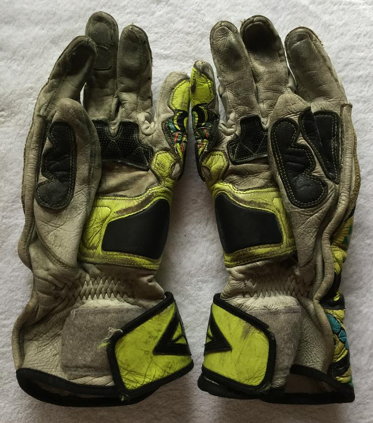 "Bild 4: Original Dainese ""Rossi"" Handschuhe"