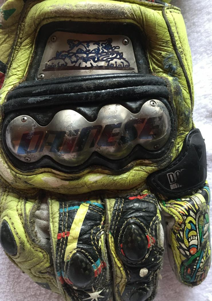 "Bild 3: Original Dainese ""Rossi"" Handschuhe"