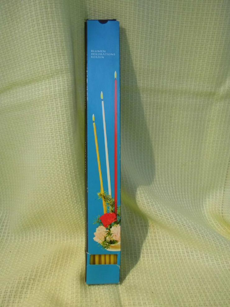 12 Blumendekorationskerzen gelb um 1970 / DDR Kerzen OVP / VEB Wittol / Export
