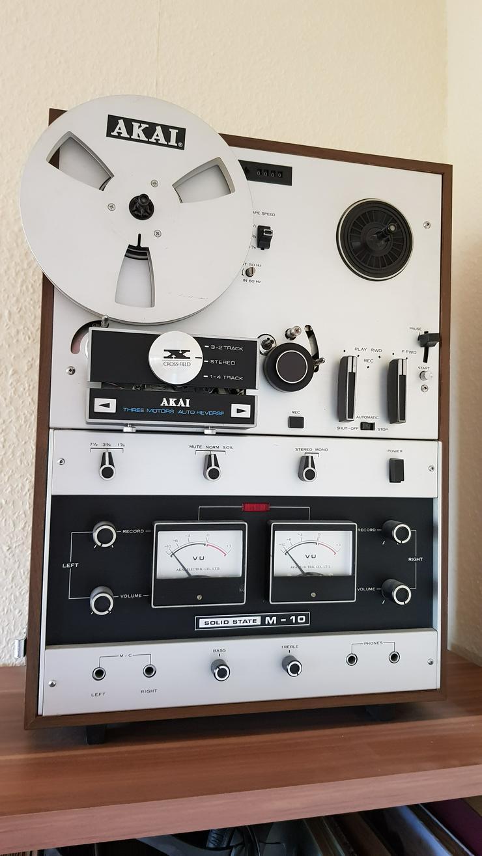 AKAI M-10 Tonbandgerät zu verkaufen