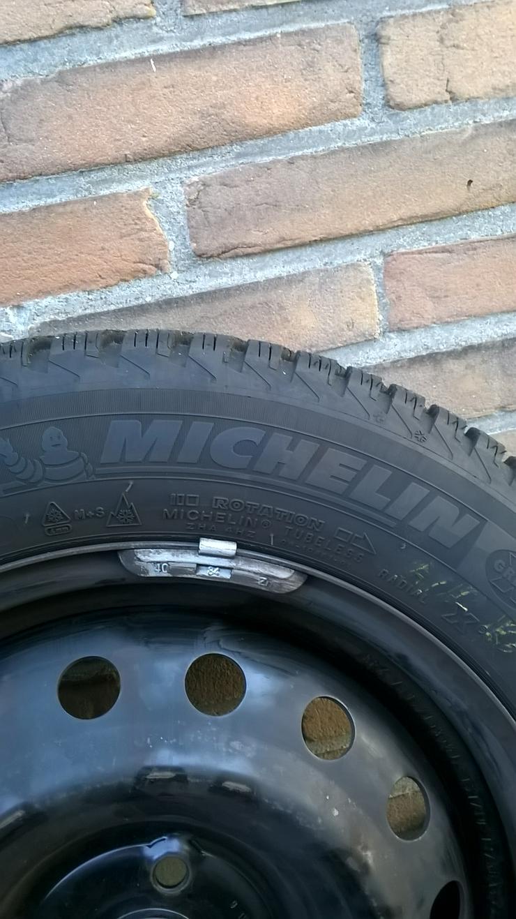 Bild 2: 4x Winterreifen mit Stahlfehlgen 185/60R 15 Michelin Alpin A4 zu verkaufen