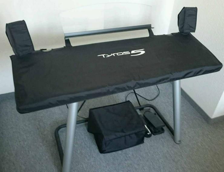 Bild 3: Keyboard Workstation Yamaha Tyros 5, 76 Tasten + Zubehör