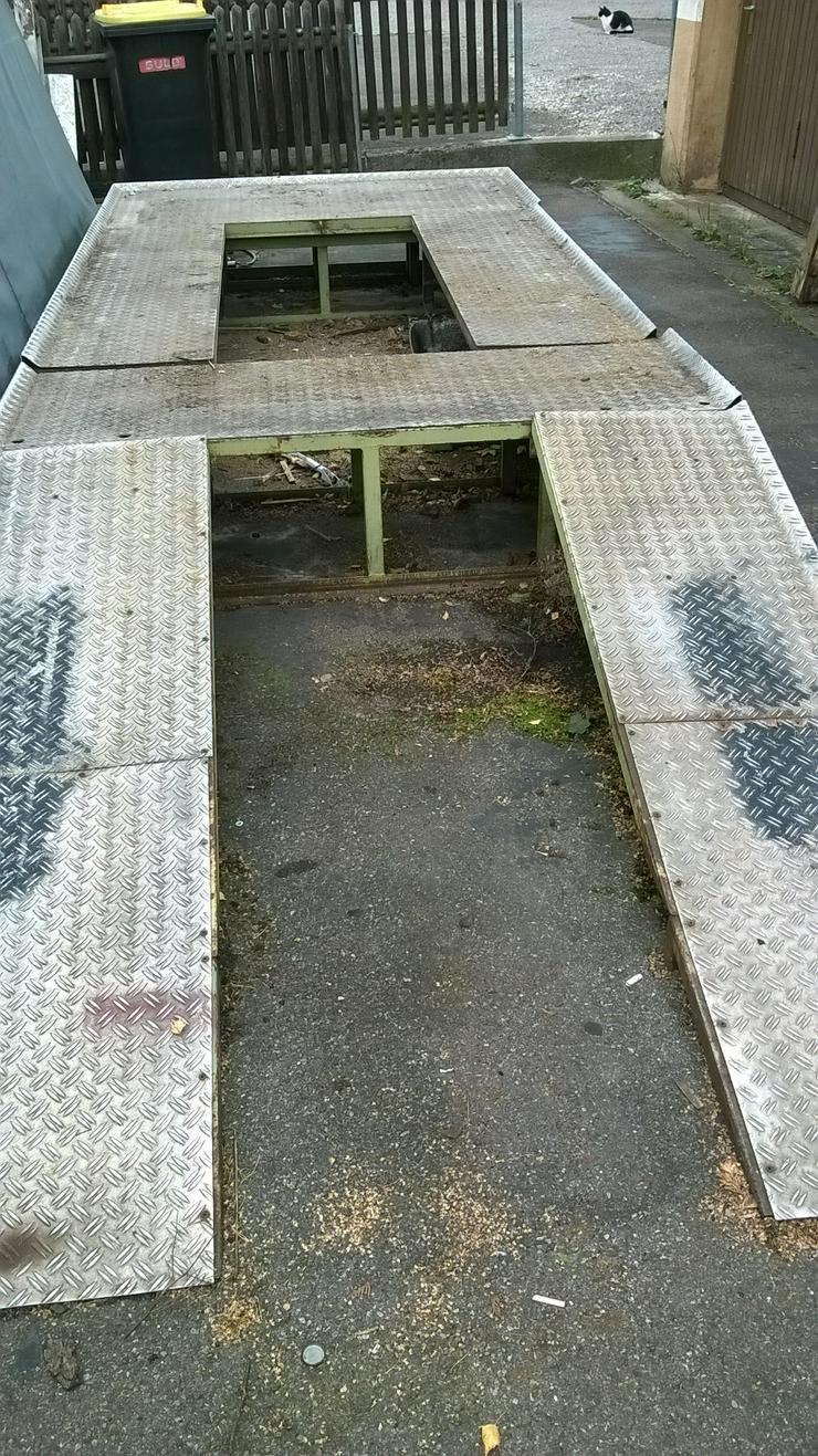 Reparaturrampe für PKW