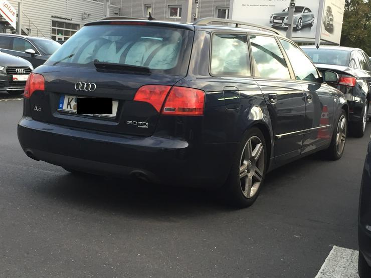 Bild 4: Audi A4 Variant 3,0 TDI vermutlich Motorschaden