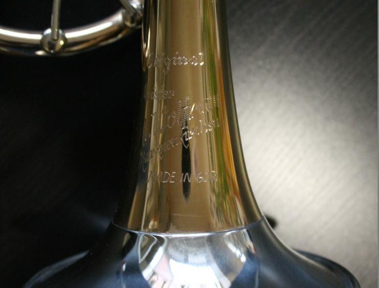 Bild 4: Profiklasse Konzert - Trompete A. Wolfram Markneukirchen, Goldmessing mit 2 Überblasklappen