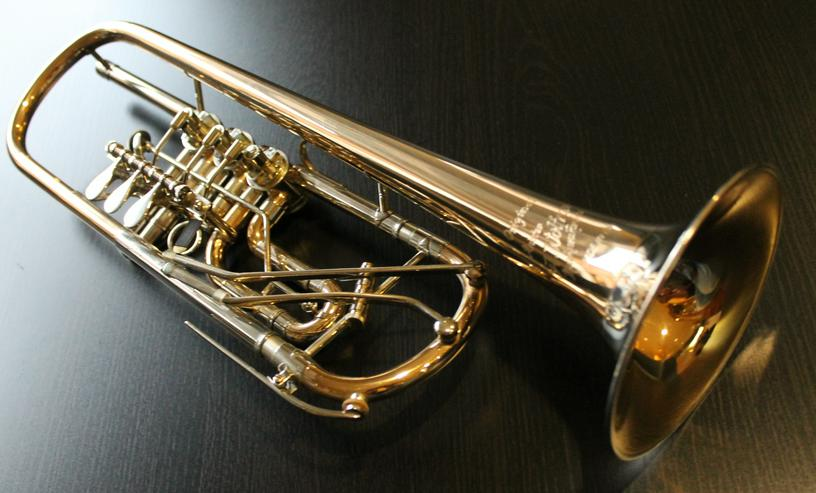 Bild 3: Profiklasse Konzert - Trompete A. Wolfram Markneukirchen, Goldmessing mit 2 Überblasklappen